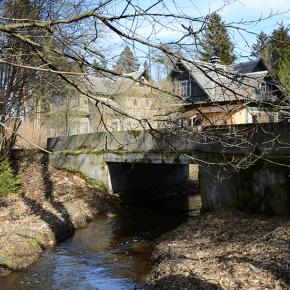 Мост на ул. Черная речка