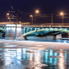 Биржевой мост