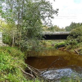 Мост на подъездной дороге