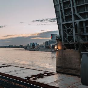 Мост Александра Невского