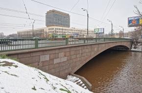 Комаровский мост через Охту