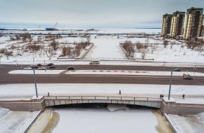 Мост Кораблестроителей через Смоленку