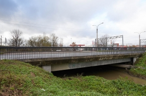 Мост в створе Московского шоссе через Волковку