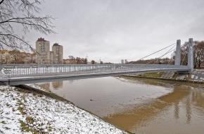 Мост по Мемориальной аллее через Дудергофский канал