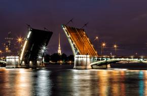 Биржевой мост через Малую Неву