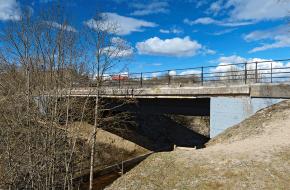 Мост в деревне Попово через Поповку