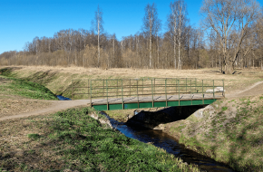 Мост по бульвару Красных Курсантов