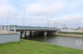 Мост через Матисов канал в створе улицы Катерников