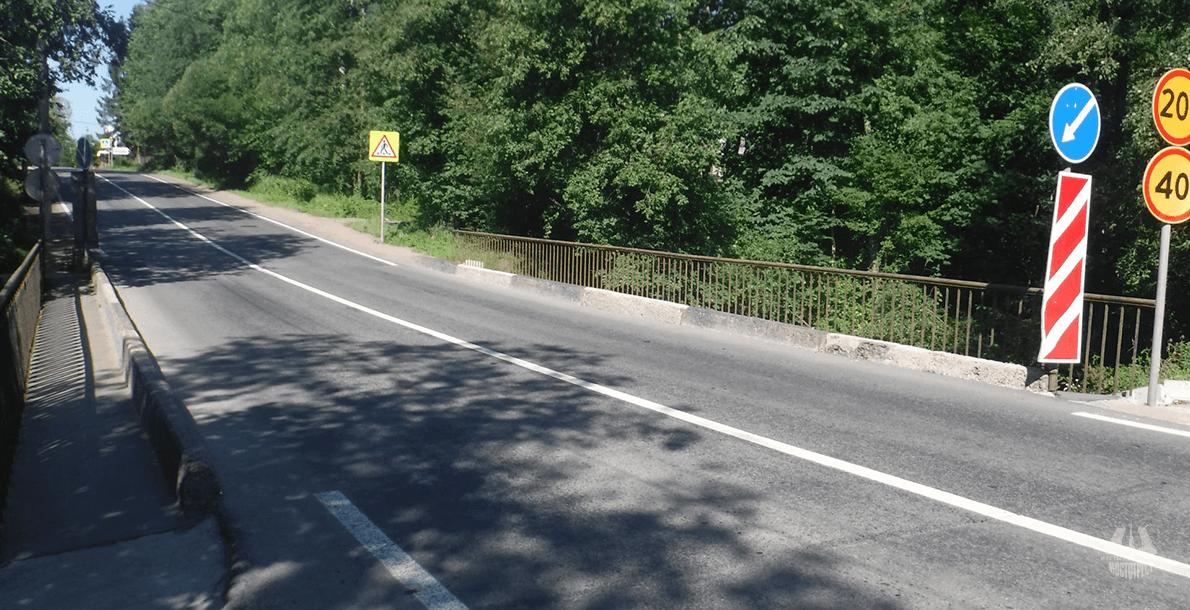 Мост на подъезде к остановке Дибуны (км 0 + 890м автодороги Песочный — Белоостров)
