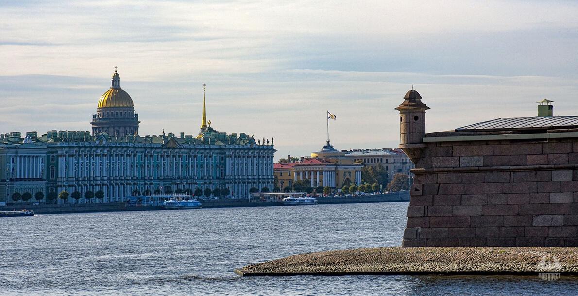 Берегоукрепление Петропавловской крепости на Заячьем острове